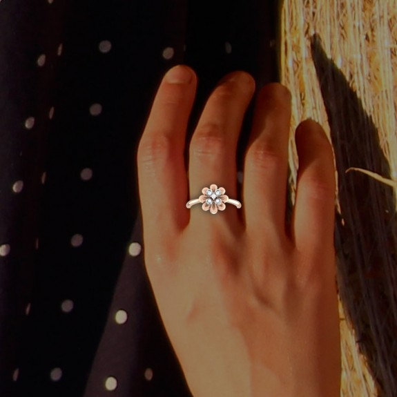 Azalea Diamond Ring