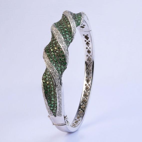 Faint Crescent Bracelet