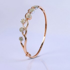 Lustrous Teardrop Bracelet