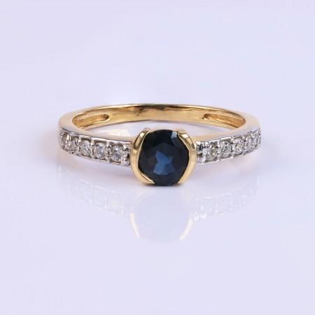 Statement Diamond and sapphire ring