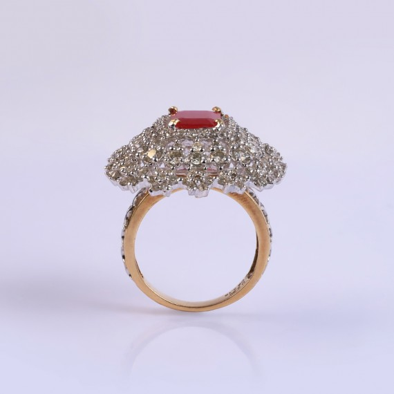 Cocktail Vintage Ruby Ring