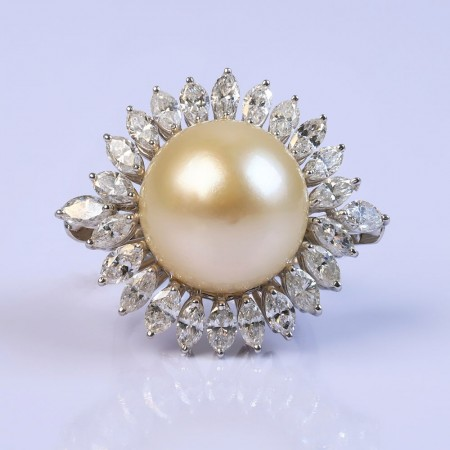 Intense Ivory Pearl Ring