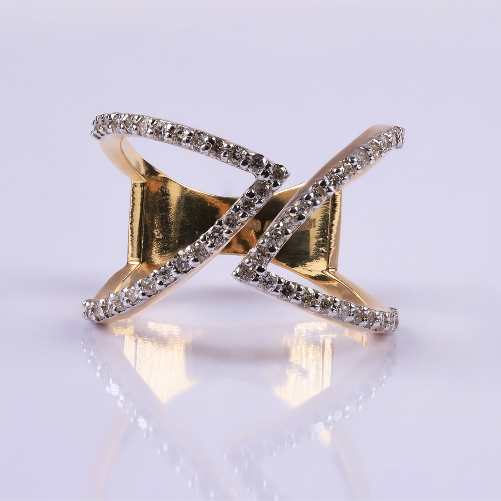 Contemporary diamond Ring