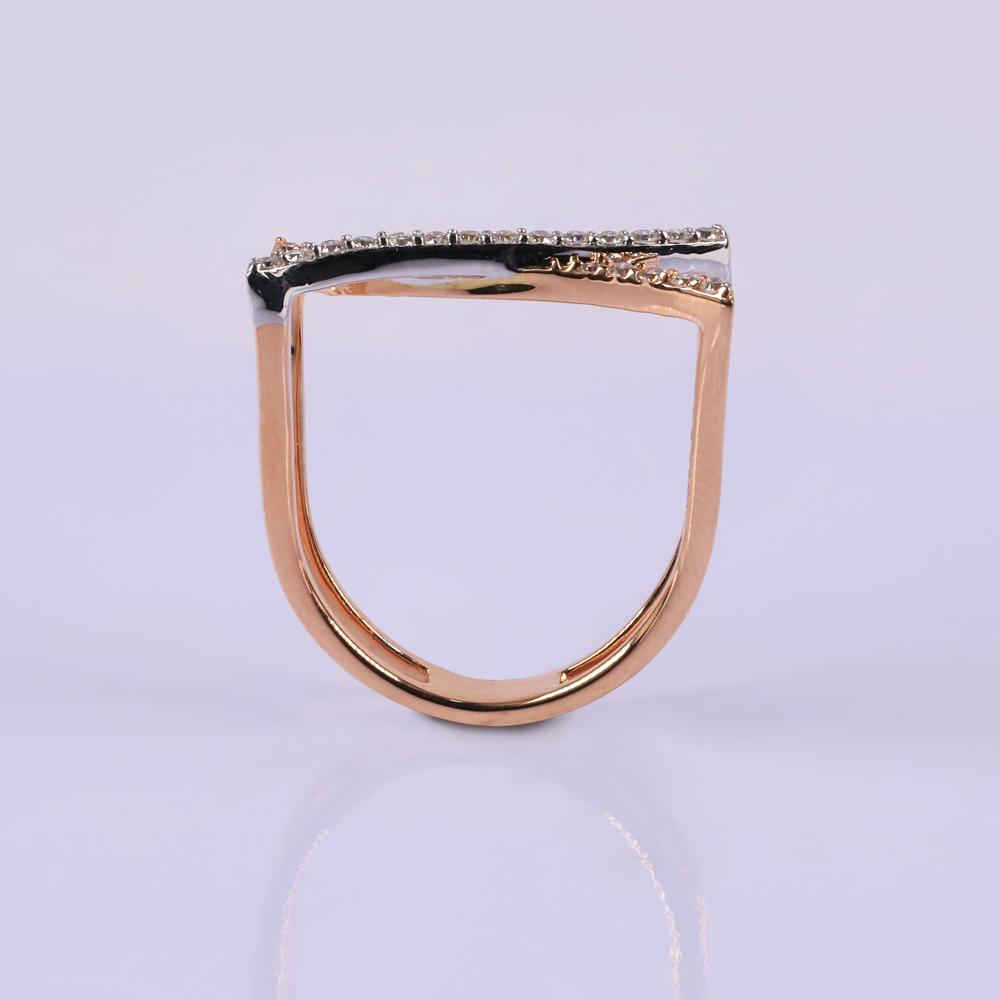 Diamond oyster Ring