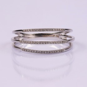 Three layered diamond ring