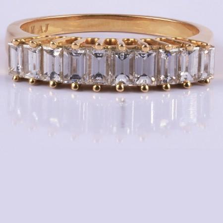 Diamonds crown ring