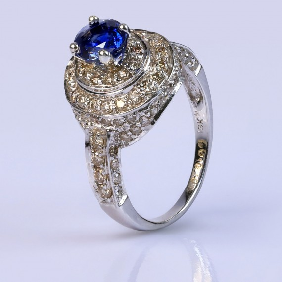 Blue elizabeth halo ring